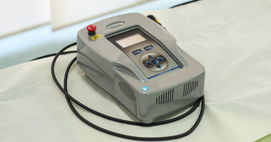 Uređaj za terapiju laserom